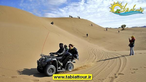 موتور سواری یکی دیگر از جاذبه های کویر مصر