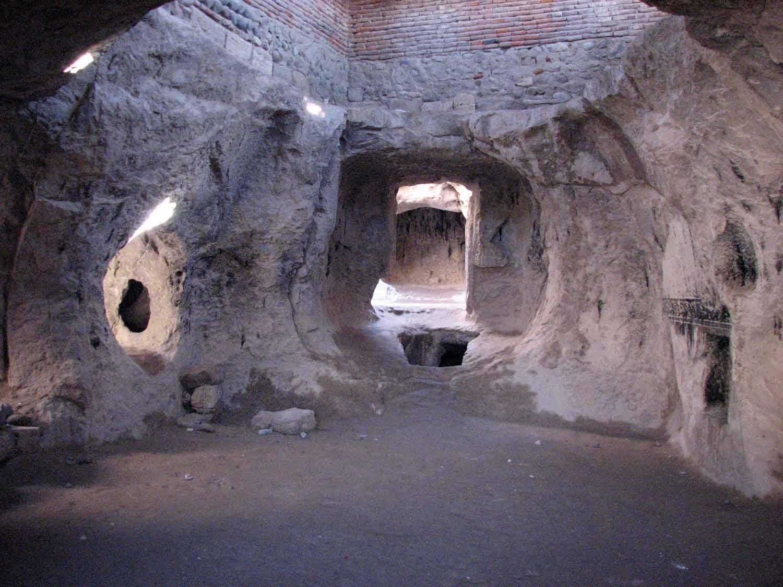 معبد مهری و مقبره معصوم آذربایجان شرقی
