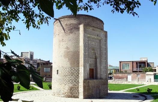 گنبد-مدور-آذربایجان شرقی