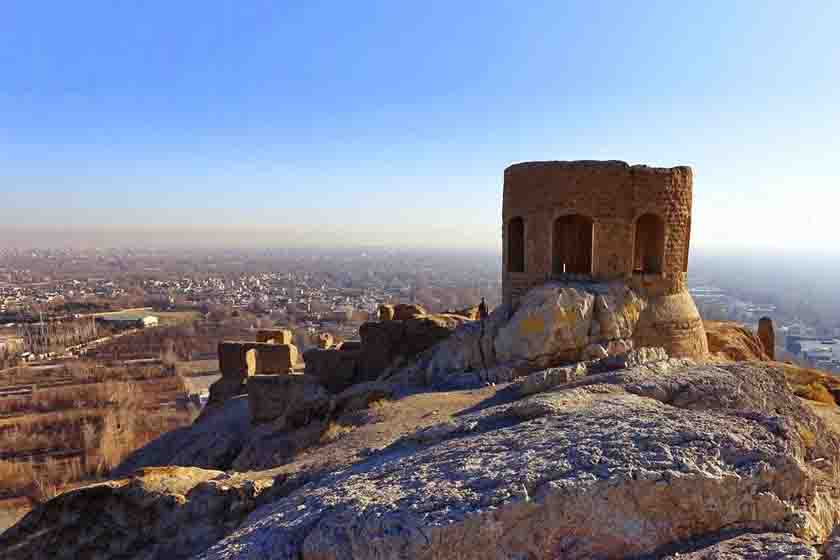 بنای-تاریخی-آتشگاه-استان-اصفهان