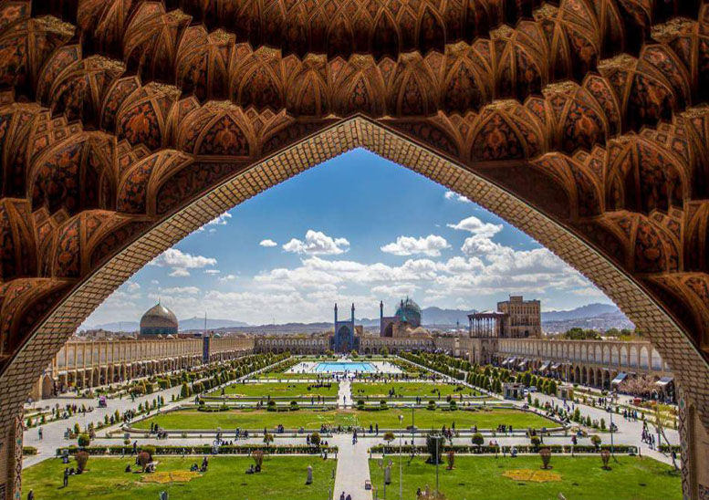 میدان -قش-جهان-استان-اصفهان