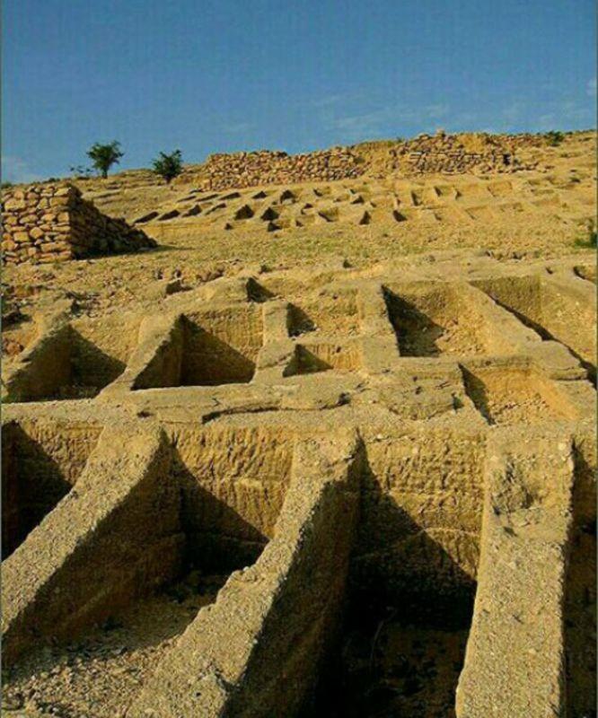 قبرستان-شقاب