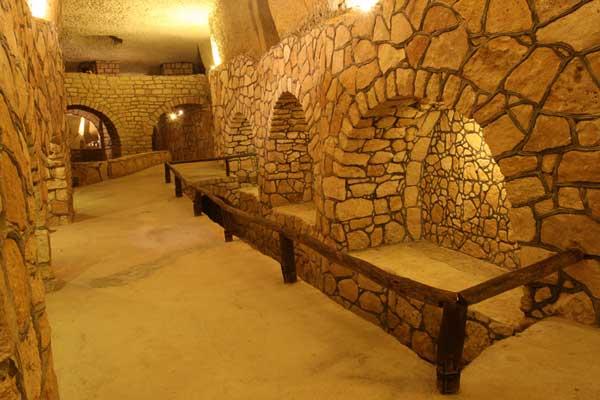 بازدید-از-شهر-زیر-زمینی-کاریز